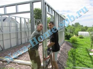 Стыковка стен сборного металлического гаража из ЛСТК