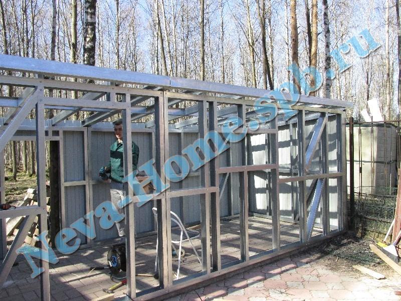 Хозблок - дачная постройка на основе металлоконструкций