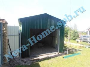 Каркасный гараж из профлиста на основе каркаса из легких стальных конструкций