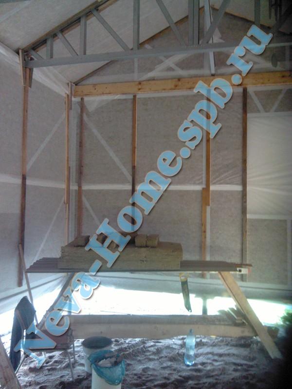 Процесс обшивки гаража из металлопрофиля - обрешётка, влаго- и ветроизоляция
